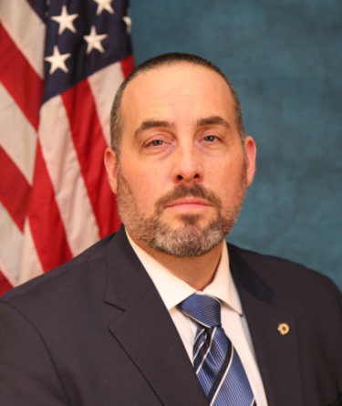 Photo of Commissioner Stephan K. Bayens